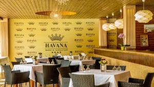 Hotel Complex Havana, Hotel  Tîrgu Ocna - big - 19