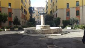 Underground Rome's Room, Apartments  Rome - big - 11