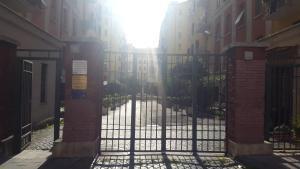 Underground Rome's Room, Apartments  Rome - big - 6