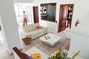 Christou Estate(Pyrgos)