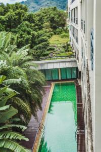 Condo in Bangtao in Kris Condo 402, Apartmány  Bang Tao Beach - big - 20
