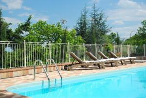 Villa Il Castagno, Hétvégi házak  Sassetta - big - 1