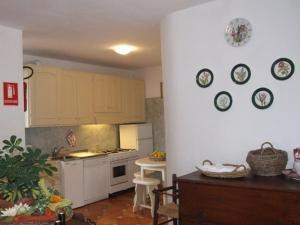 Villa Il Castagno, Hétvégi házak  Sassetta - big - 11