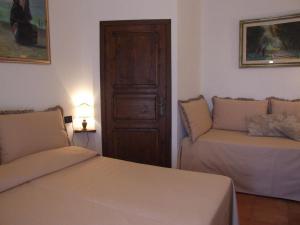 Villa Il Castagno, Hétvégi házak  Sassetta - big - 3