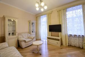 Business-Apartment on Darvina Street