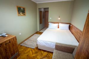 Panorama Top Floor Rooms in Hotel Tundzha