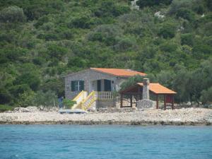 Nanara, Holiday homes  Tkon - big - 1
