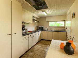 De Snoeibijl, Dovolenkové domy  Ruiselede - big - 6