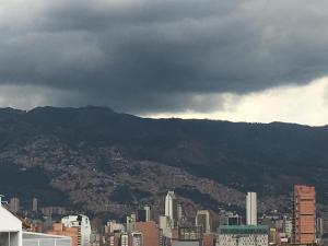 Apartamento Medellín Sun Set, Guest houses  Medellín - big - 19