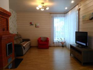 Guest House Kotiranta 2, Case di campagna  Konchezero - big - 39