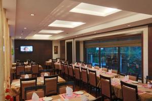 Hotel Airport Residency, Отели  Нью-Дели - big - 20