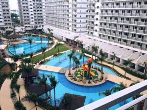 Condo At Shell Residences