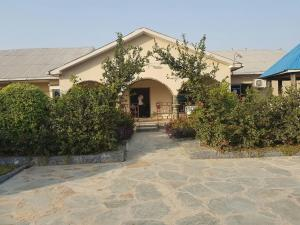 Hosanna Royal Lodge