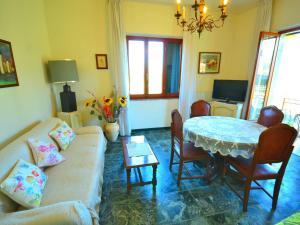 Villa Adelina, Villen  Massa - big - 23