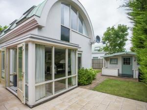 Holiday home Windstil, Holiday homes  Noordwijk - big - 1