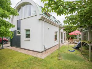 Holiday home Windstil, Holiday homes  Noordwijk - big - 2