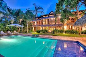 Villa Angelina - Tortuga Bay C-17 116212-102403