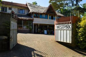 West Park Hotel, Affittacamere  Nairobi - big - 43