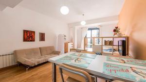 Concepción Jerónima, Apartments  Madrid - big - 17