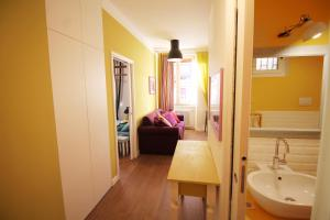 Vatican Prati Smart Apartment, Апартаменты  Рим - big - 14