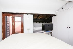 Pantheon Terrace Apartment, Apartments  Rome - big - 33