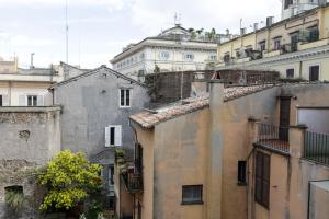 Pantheon Terrace Apartment, Apartments  Rome - big - 15