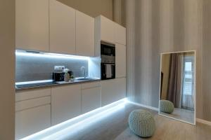 BpR Apáczai Street Design Apartment, Appartamenti  Budapest - big - 18