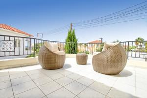 Coral Bay Villa 10, Villas  Peyia - big - 22