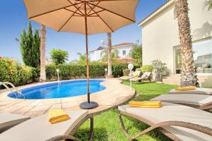 Coral Bay Villa 10, Villas  Peyia - big - 33