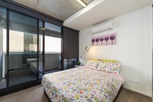 Super cozy self-service apartment - Melbourne CBD, Victoria, Australia