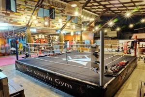 Sor Vorapin Muay Thai Home, Проживание в семье  Бангкок - big - 1