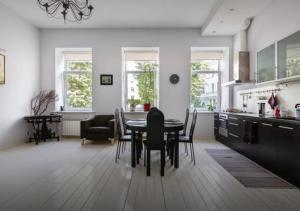 Apartment on Gorokhovaya ulitsa