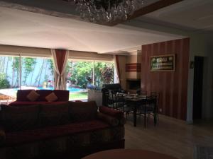 Maison Les beaux rivages, Vily  Dar Bouazza - big - 4