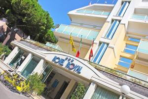 Hotel Royal, Hotels  Misano Adriatico - big - 44