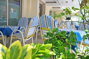 Hotel Royal, Hotels  Misano Adriatico - big - 50