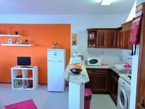 Low Cost Apartment, Apartmány  Peniche - big - 32