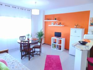 Low Cost Apartment, Apartmány  Peniche - big - 37