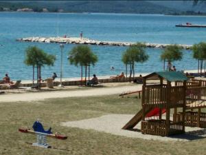 Holiday Home Branko, Case vacanze  Sveti Filip i Jakov - big - 14