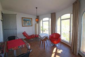 Holiday Villa Friedburg, Villas  Calpe - big - 6