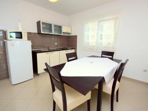 Apartment Marija.4, Апартаменты  Potomje - big - 12