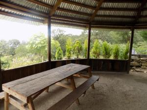 Rancho Hostal La Escondida Eco Park, Bed & Breakfast  Teopisca - big - 16