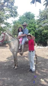 Rancho Hostal La Escondida Eco Park, Bed & Breakfast  Teopisca - big - 141