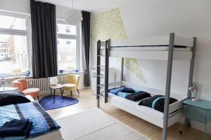 Stilvolle Altbauwohnung in zentraler Lage, Apartmanok  Kiel - big - 15