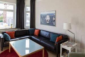 Stilvolle Altbauwohnung in zentraler Lage, Apartmanok  Kiel - big - 12