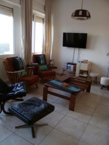 Golf & Sea Apartment, Apartments  Diabat - big - 8