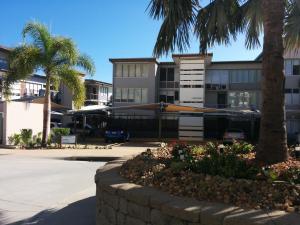 Bright Point Elite, Apartmány  Nelly Bay - big - 9