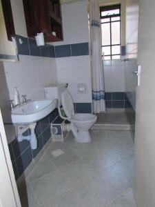 Cozy Two Bedroom Apartment, Ferienwohnungen  Nairobi - big - 2