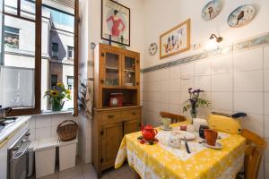 Colosseo Holiday House, Appartamenti  Roma - big - 13