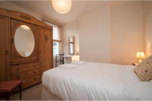 Veeve - 3 Bedroom House by the River - Fulham