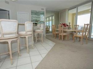 Oceania 403, Apartments  Destin - big - 5